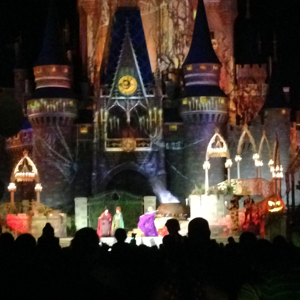 Mickey's Not-So-Scary Halloween Party Spelltacular